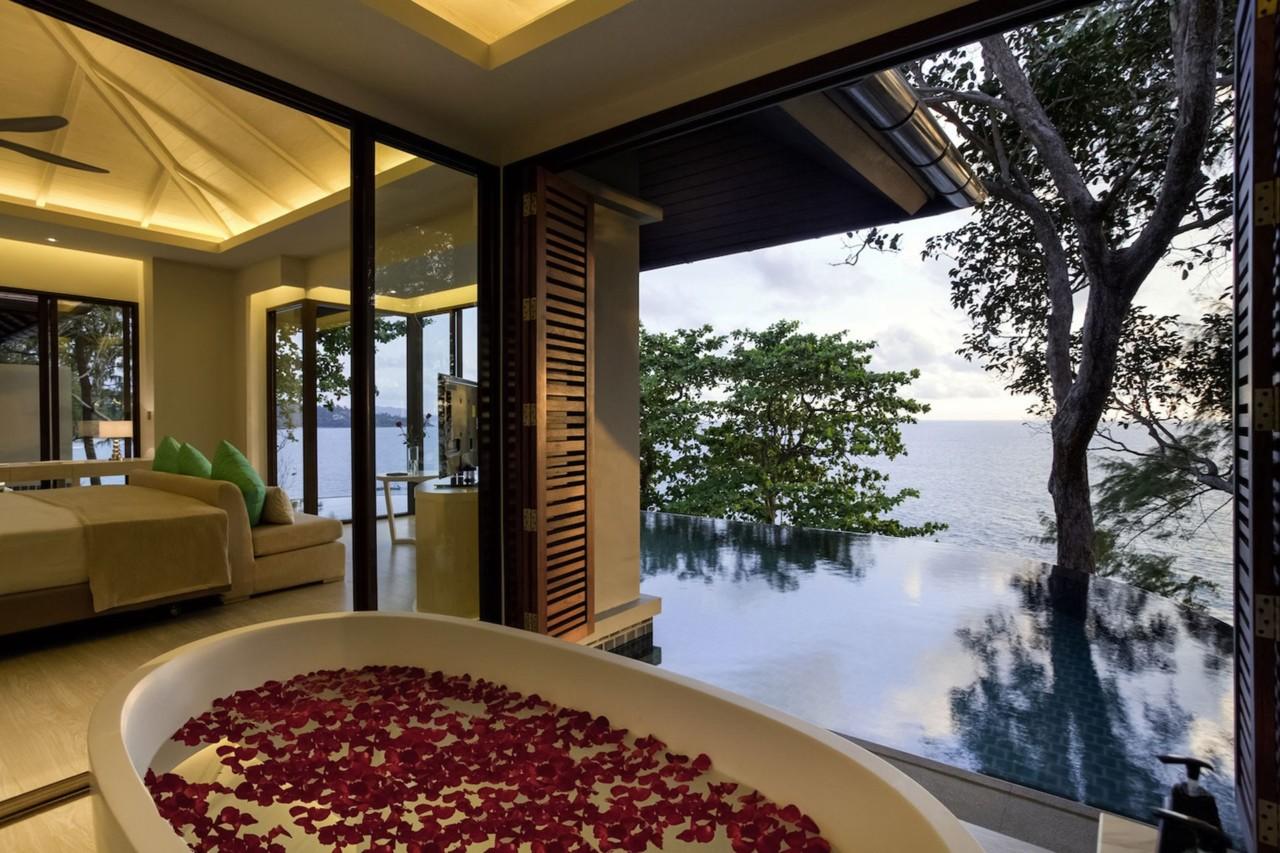 Pullman-Phuket-Arcadia-Naithon-Beach-Phuket-Thailand-room-view-cnt-06August13-pr