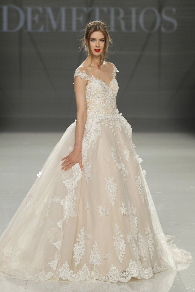 Demetrios Barcelona Bridal Week 2017 -33