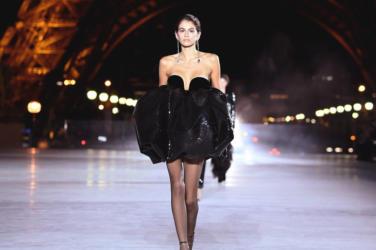 Saint Laurent Spring 2018 Collection Paris Fashion Show
