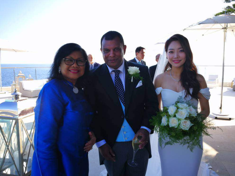 AirAsia Tycoon Tony Fernandes Marries Quietly in Côte d'Azur